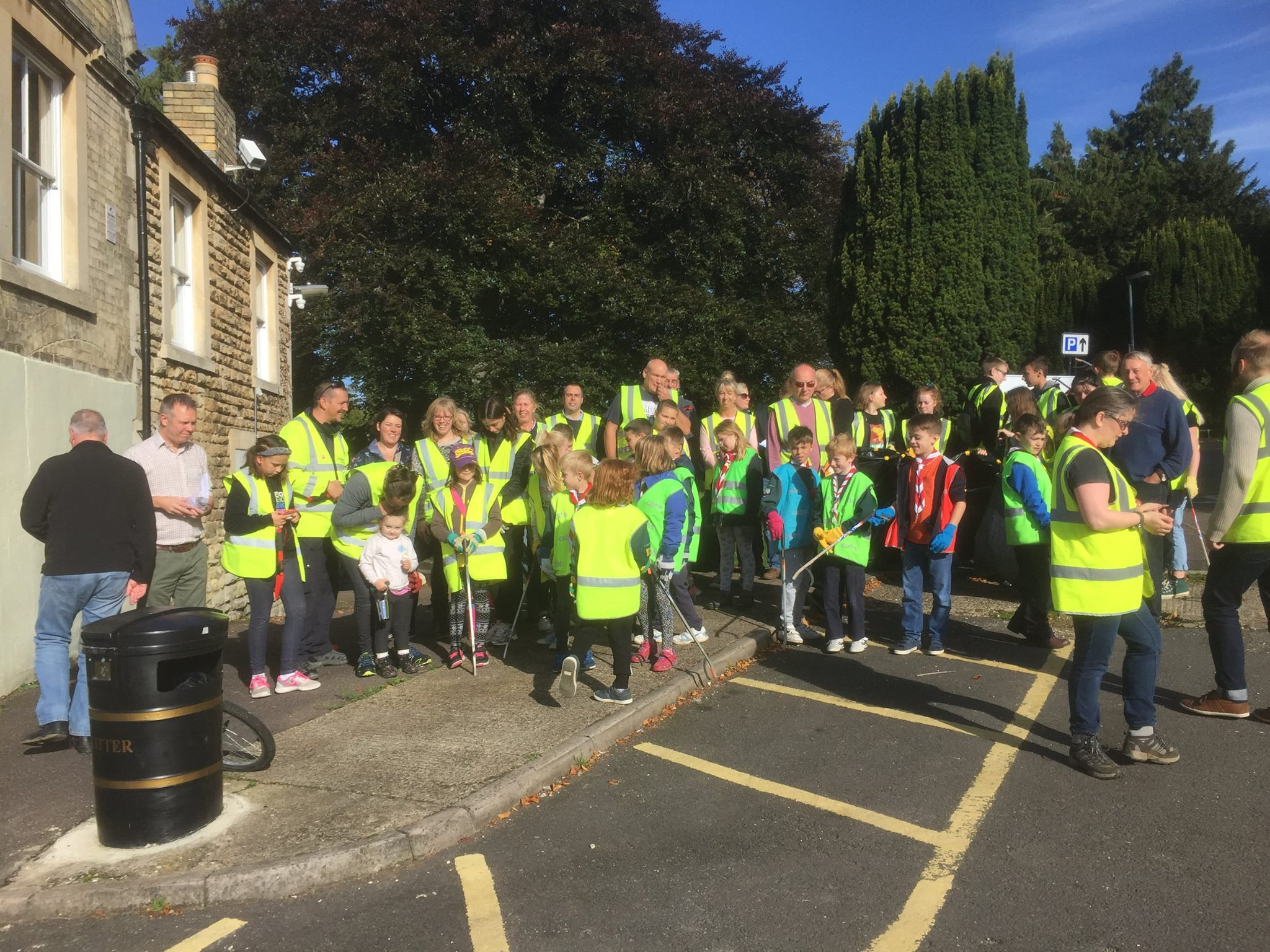 Cubs Litter Pick